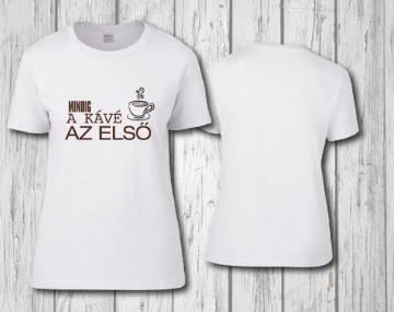 egyedi emblémázott pólók